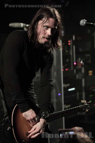 ALTER BRIDGE - 2010-11-12 - PARIS - La Maroquinerie
