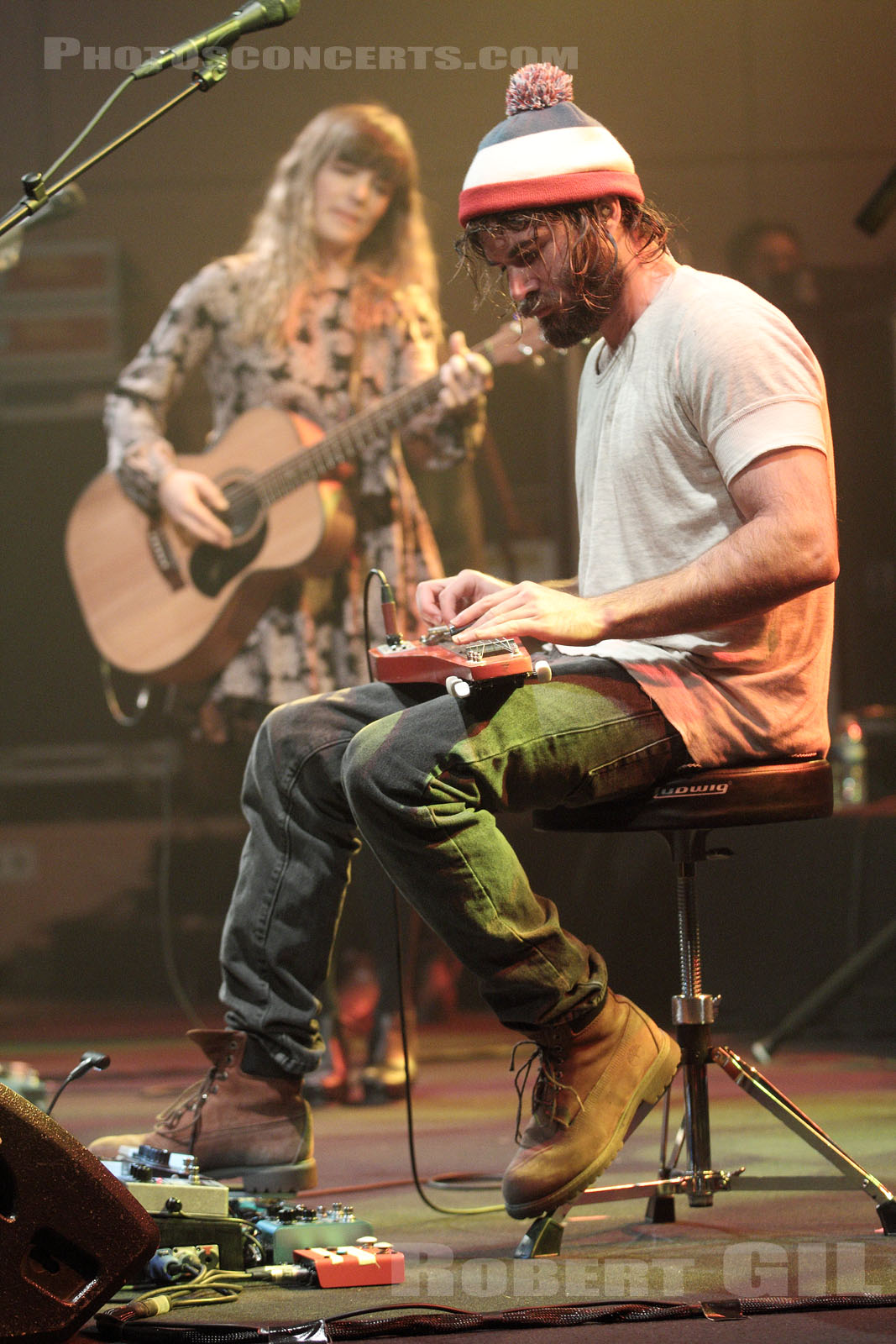 ANGUS AND JULIA STONE - 2014-12-08 - PARIS - Radio France (Studio 105)