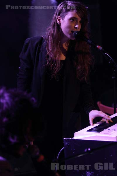 BEACH HOUSE - 2010-02-20 - PARIS - La Maroquinerie