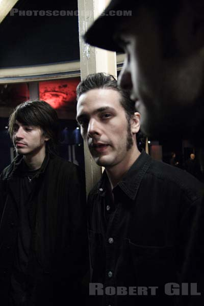 BLACK REBEL MOTORCYCLE CLUB - 2005-11-02 - PARIS -