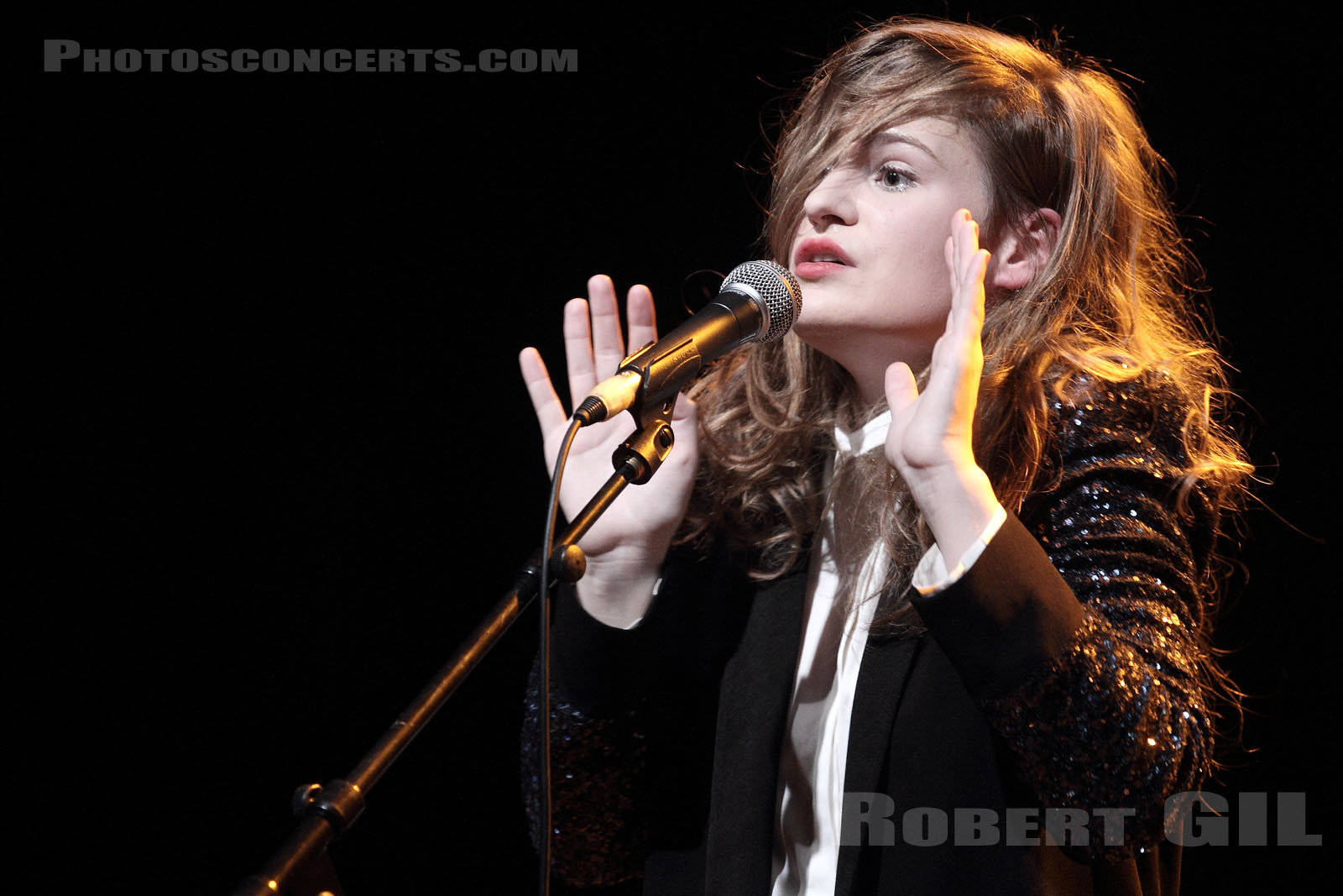 CHRISTINE AND THE QUEENS - 2011-06-23 - PARIS - La Cigale