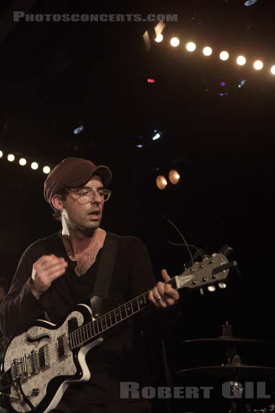 CLAP YOUR HANDS SAY YEAH - 2017-09-20 - PARIS - La Maroquinerie