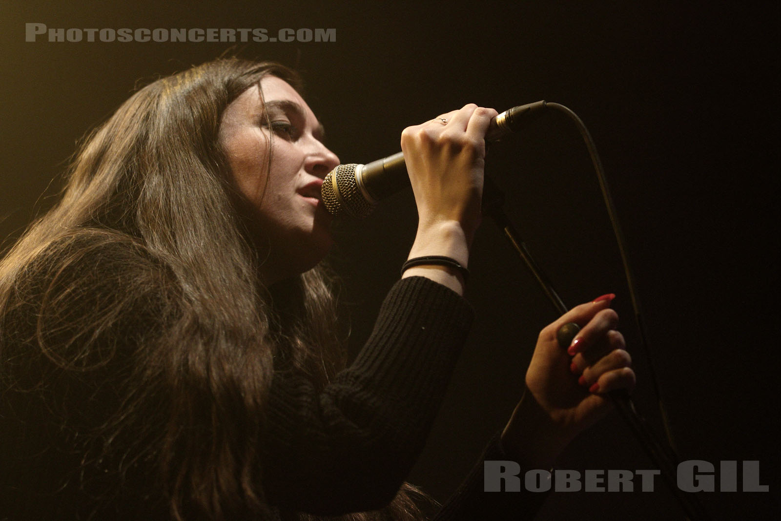 CULTS - 2014-03-22 - PARIS - CentQuatre - Salle 400