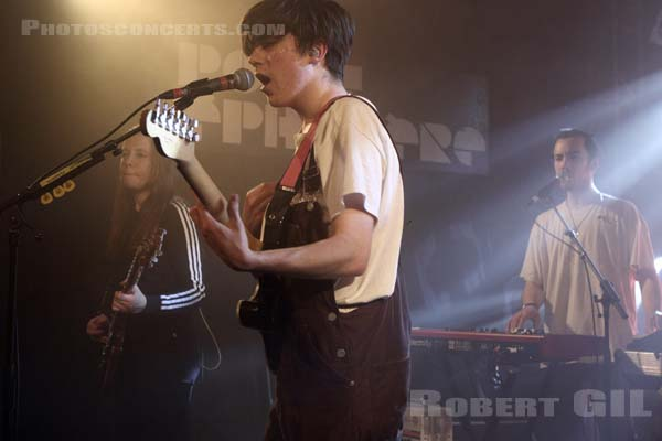 DECLAN MCKENNA - 2017-02-07 - PARIS - Point Ephemere