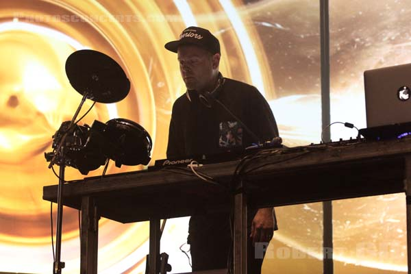 DJ SHADOW - 2016-10-27 - PARIS - Grande Halle de La Villette
