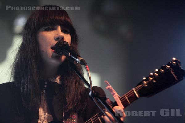 DUM DUM GIRLS - 2011-04-24 - PARIS - La Machine (du Moulin Rouge)