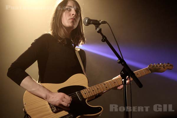 FISHBACH - 2016-04-16 - PARIS - Point Ephemere