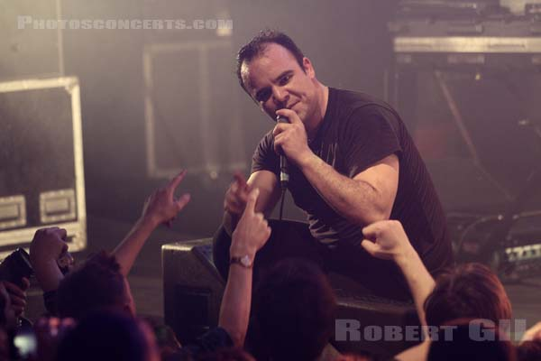 FUTURE ISLANDS - 2015-04-02 - PARIS - La Cigale