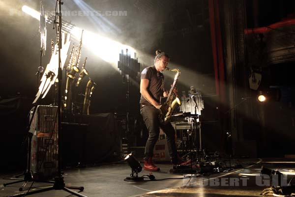 GUILLAUME PERRET - 2016-10-14 - PARIS - La Cigale