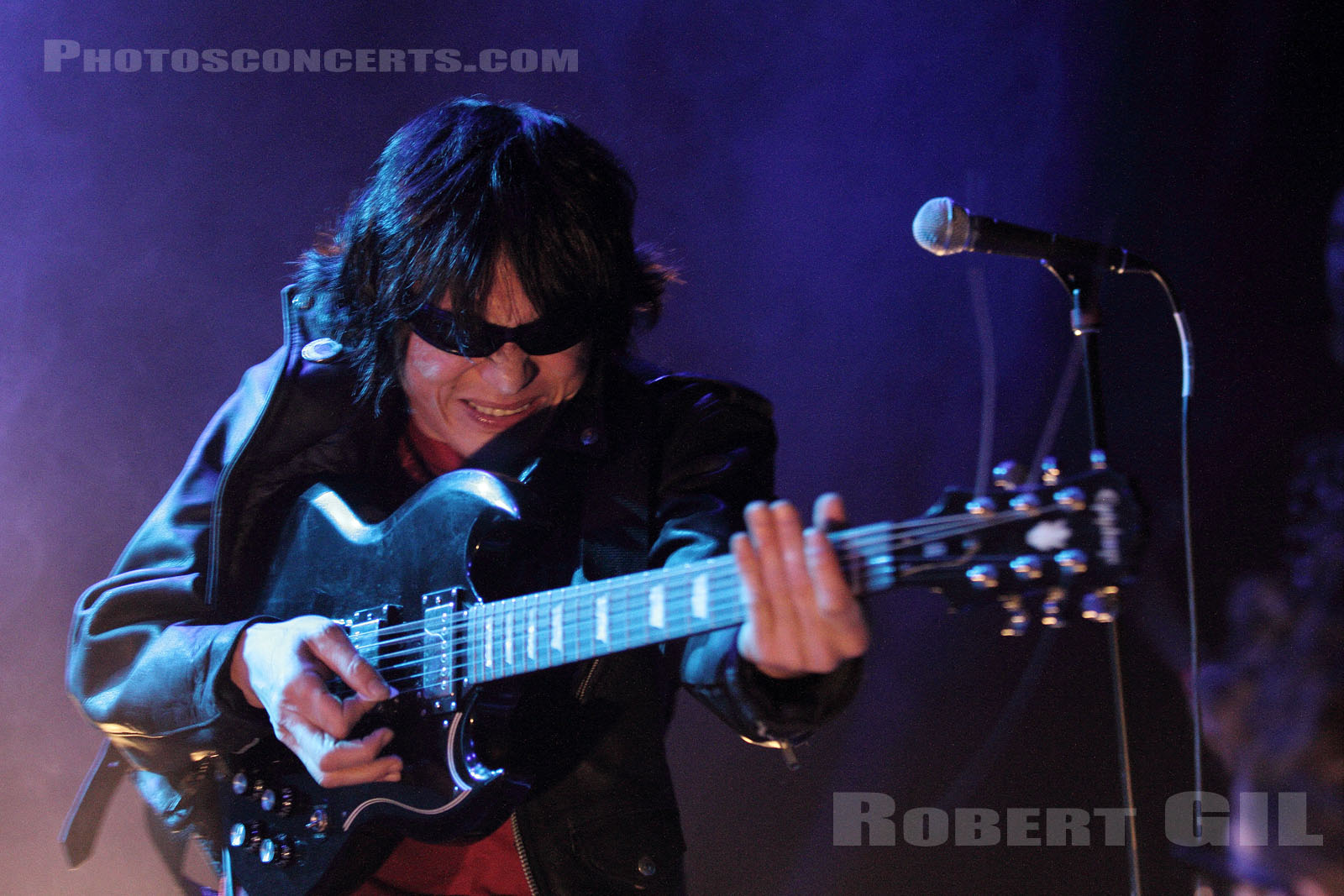 GUITAR WOLF - 2012-05-31 - PARIS - Trabendo