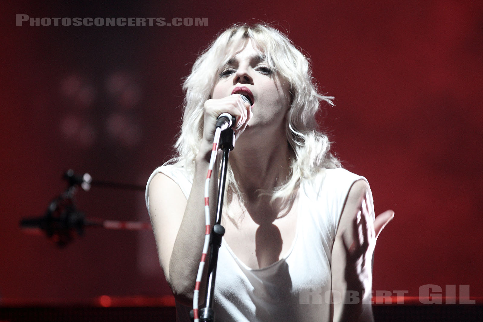 HOLLYSIZ - 2013-11-06 - PARIS - Olympia