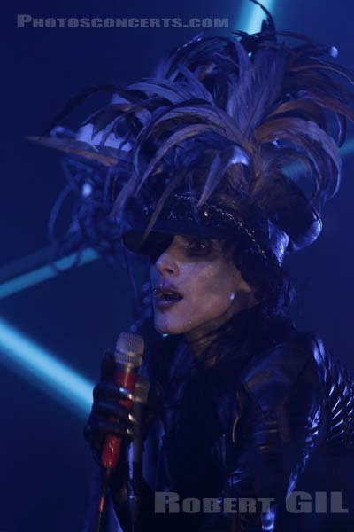 IAMX - 2018-03-05 - PARIS - La Machine (du Moulin Rouge)