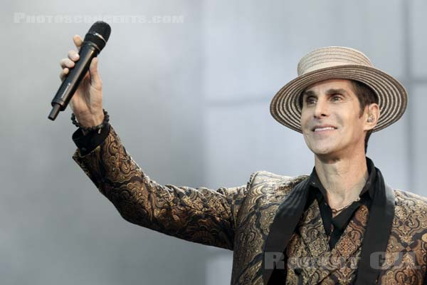 JANE'S ADDICTION - 2016-06-11 - PARIS - Hippodrome de Longchamp - Stage 2