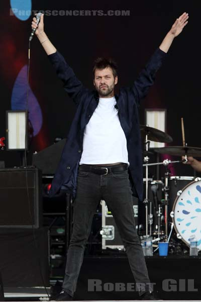KASABIAN - 2018-07-21 - PARIS - Hippodrome de Longchamp - Main Stage 1