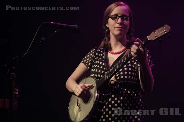 LAURA VEIRS - 2010-01-29 - PARIS - Cafe de la Danse