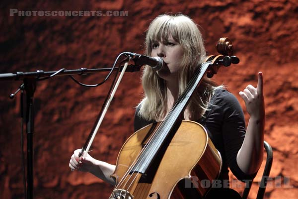LINNEA OLSSON - 2010-09-28 - PARIS - Cafe de la Danse