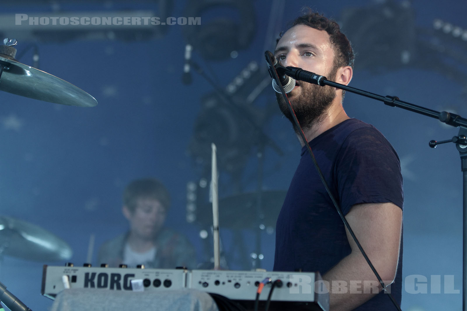 LOCAL NATIVES - 2010-06-27 - PARIS - Hippodrome de Longchamp