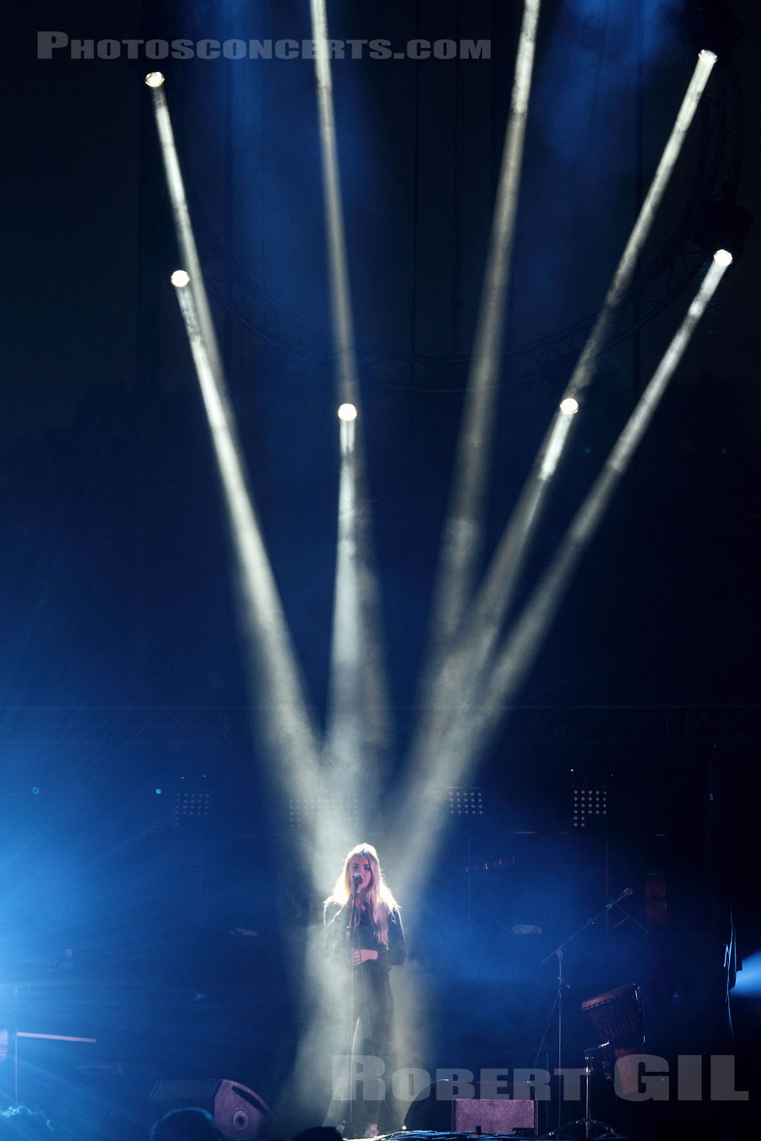 LONDON GRAMMAR - 2014-05-31 - PARIS - Parc de Bagatelle