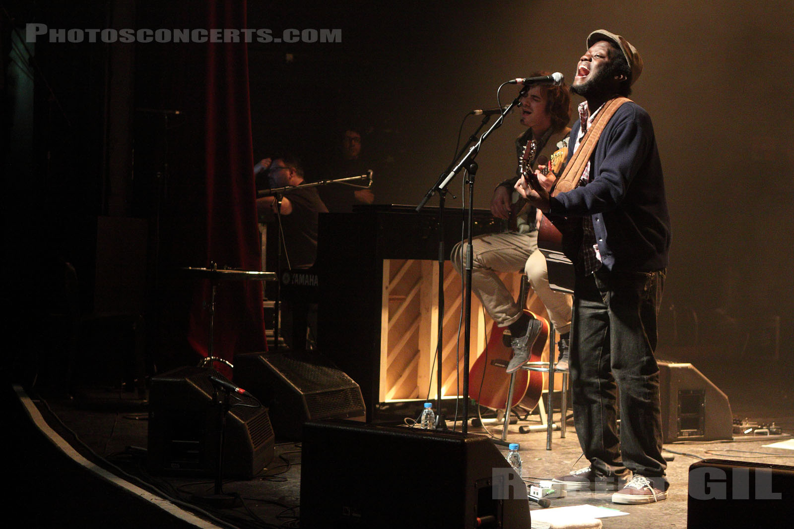 MICHAEL KIWANUKA - 2011-04-04 - PARIS - La Cigale