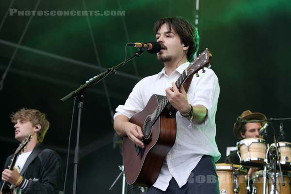 MILKY CHANCE - 2017-07-22 - PARIS - Hippodrome de Longchamp - Main Stage 2