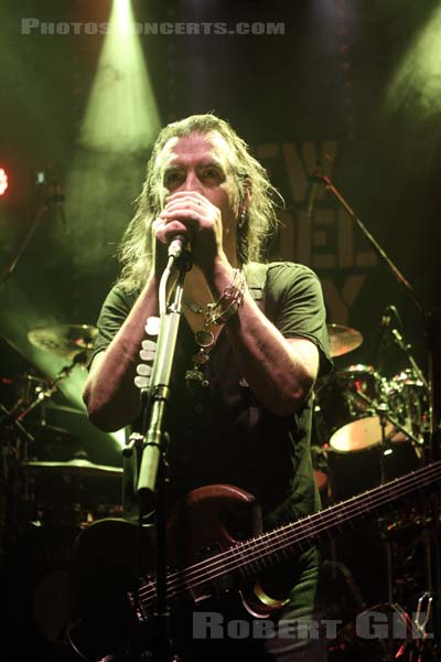 NEW MODEL ARMY - 2012-12-14 - PARIS - Trabendo