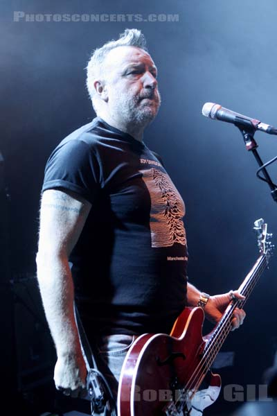PETER HOOK AND THE LIGHT - 2012-12-17 - PARIS - Trabendo