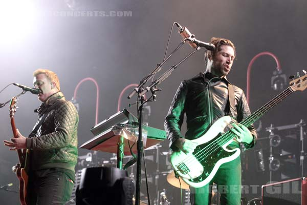 QUEENS OF THE STONE AGE - 2014-08-24 - SAINT CLOUD - Domaine National - Grande Scene