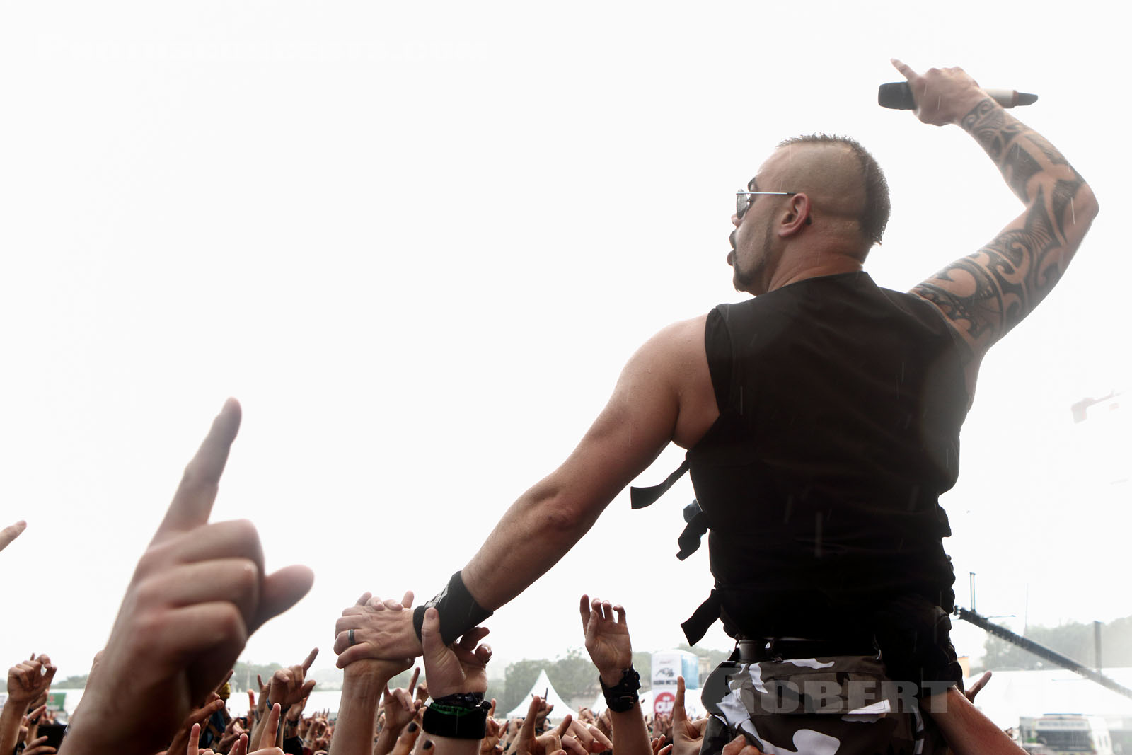 SABATON - 2016-06-12 - PARIS - Hippodrome de Longchamp - Main Stage