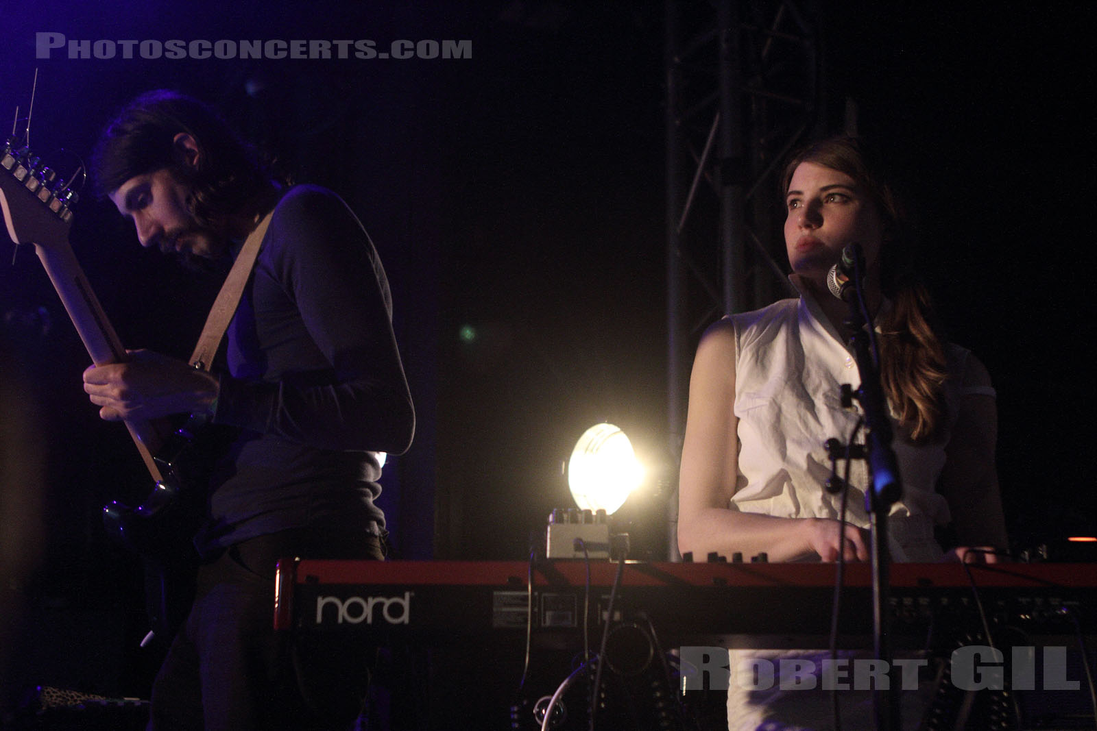 SMOKE FAIRIES - 2014-04-04 - PARIS - La Fleche d'Or