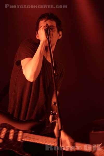 SUUNS - 2013-11-08 - PARIS - La Cigale