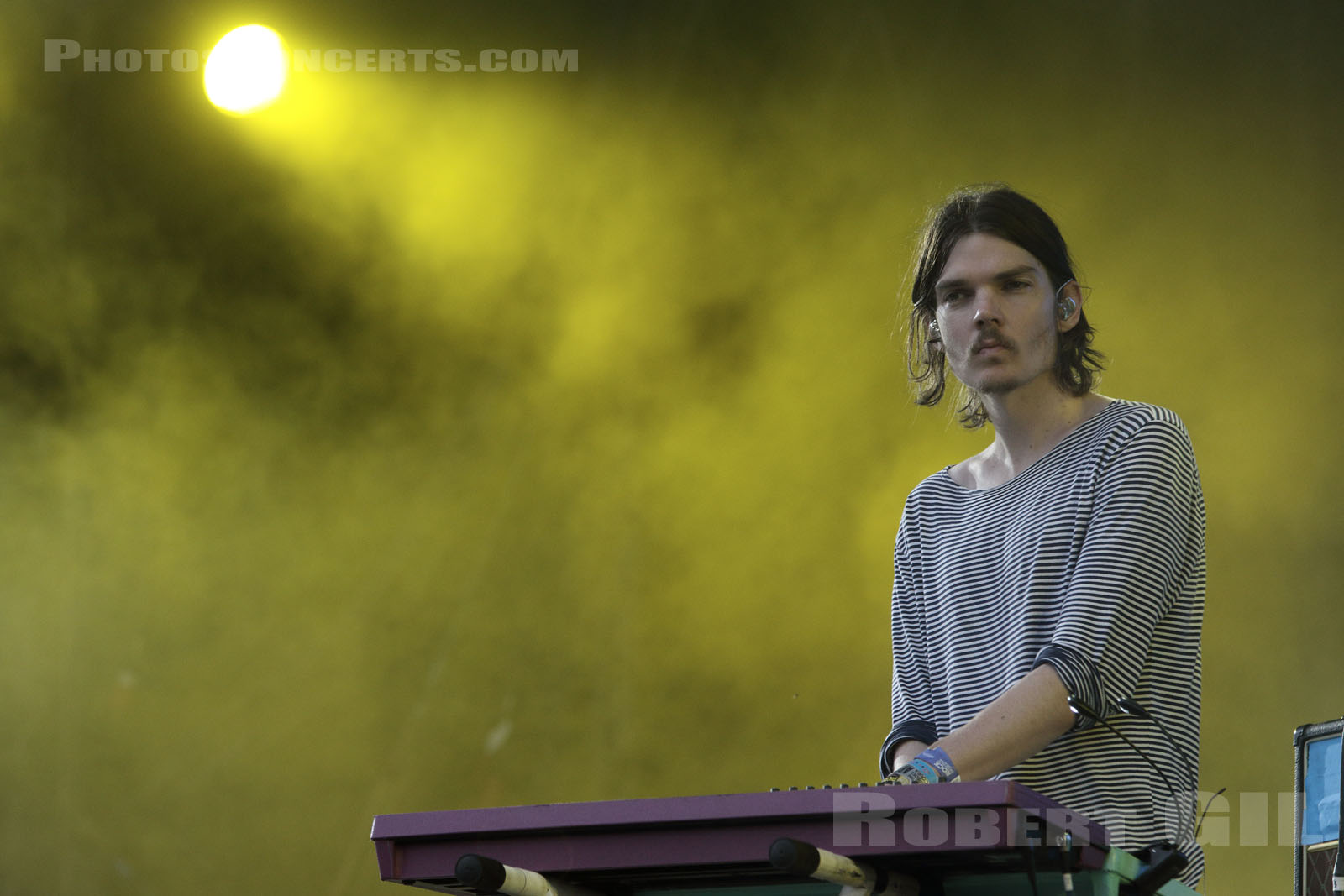 TAME IMPALA - 2015-08-30 - SAINT CLOUD - Domaine National - Grande Scene