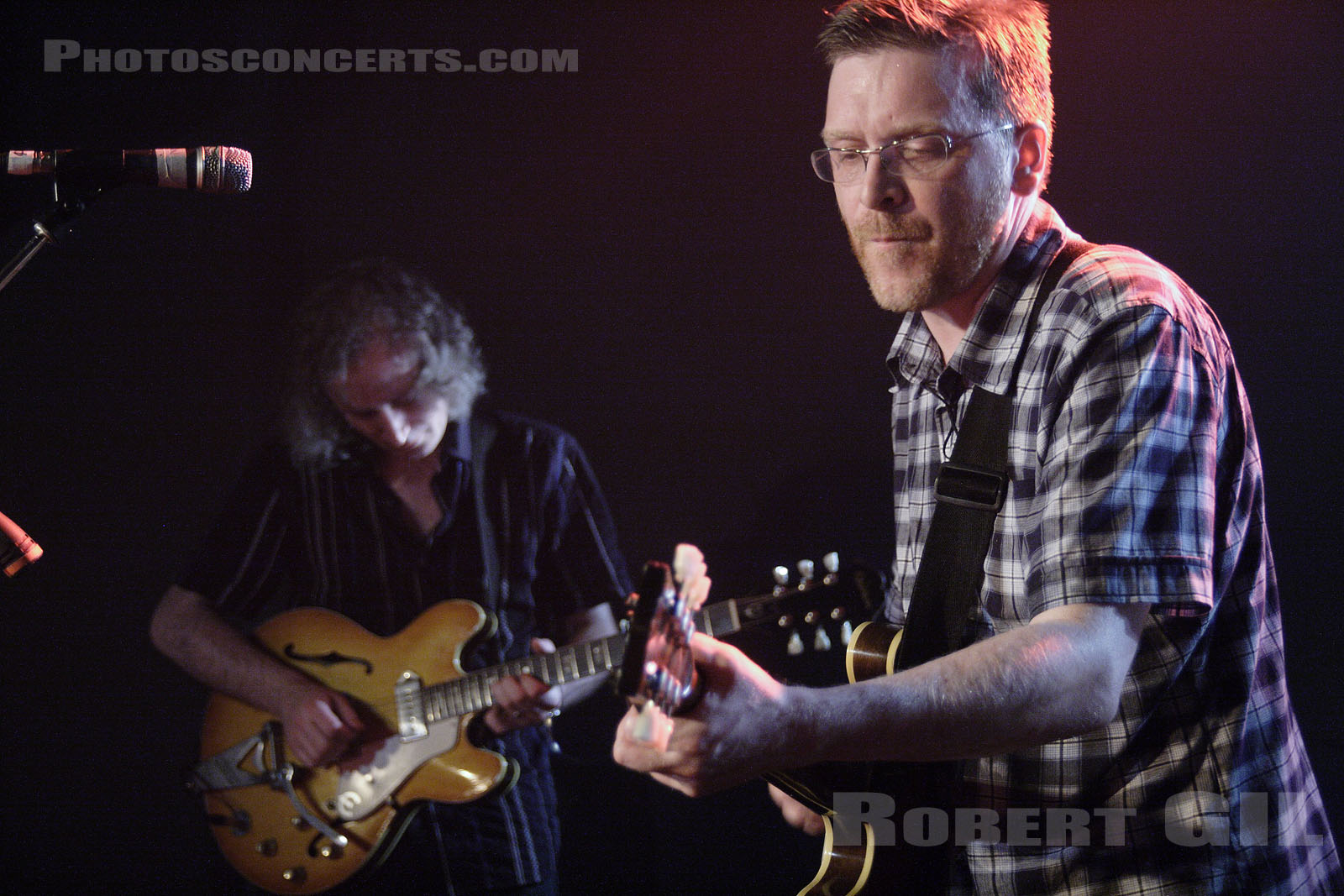 Photo teenage fanclub mains d 39 oeuvres saint ouen for Photographe saint ouen