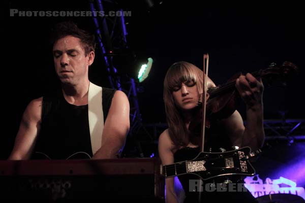 THE AIRBORNE TOXIC EVENT - 2011-02-04 - PARIS - L'International