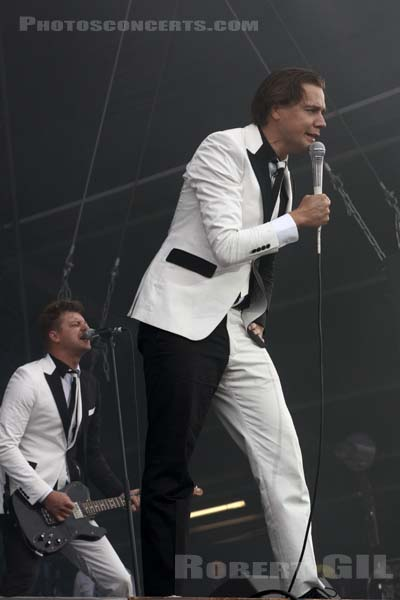 THE HIVES - 2017-07-22 - PARIS - Hippodrome de Longchamp - Main Stage 2