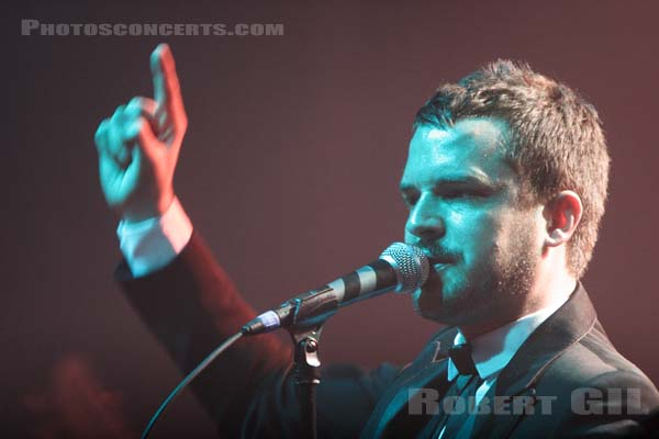 THE KILLERS - 2006-11-15 - PARIS - Le Bataclan