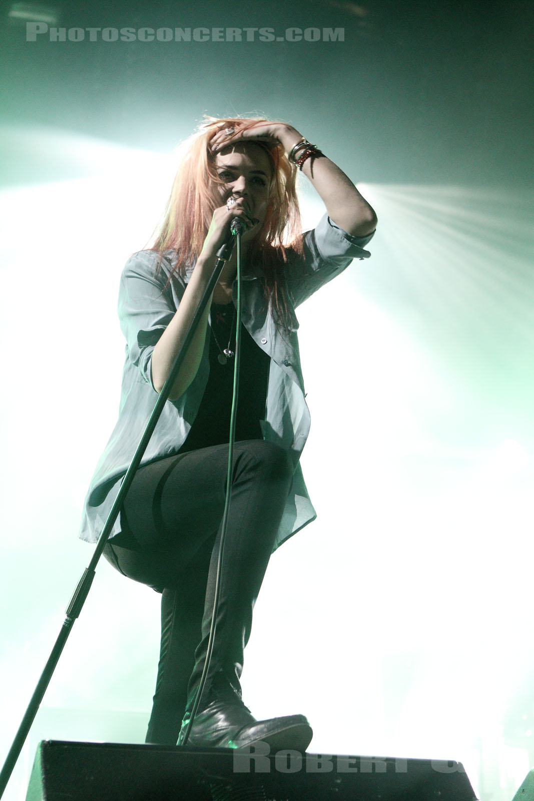 THE KILLS - 2012-06-22 - PARIS - Hippodrome de Longchamp