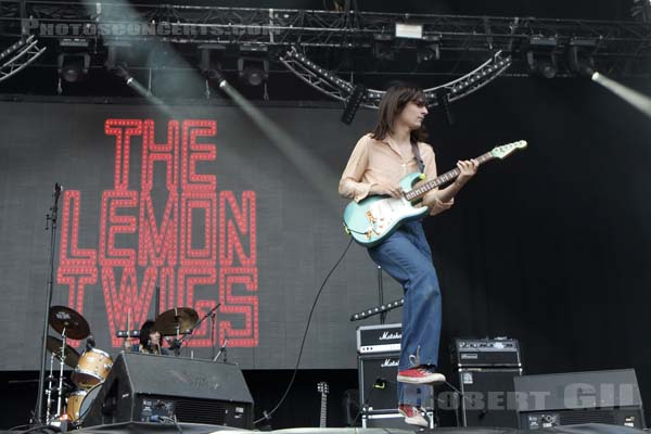 THE LEMON TWIGS - 2017-07-02 - ARRAS - La Citadelle - Greenroom