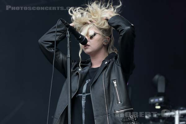 THE PRETTY RECKLESS - 2017-08-25 - SAINT CLOUD - Domaine National - Grande Scene