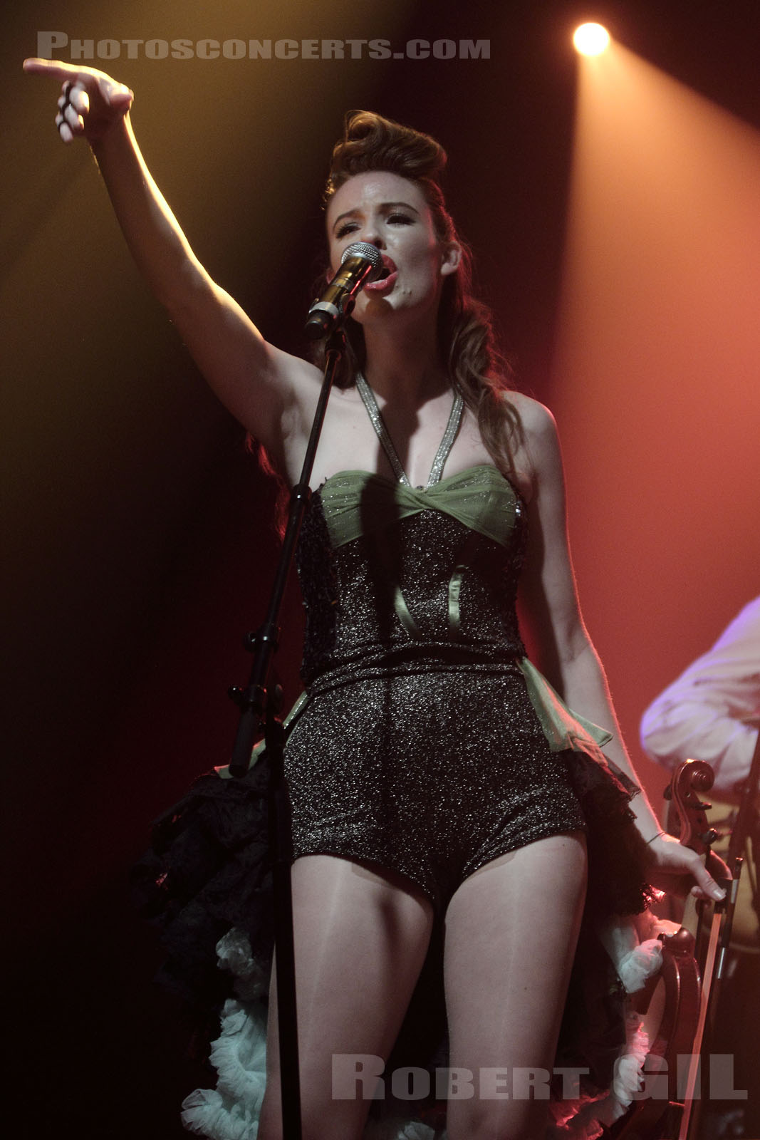 THE PUPPINI SISTERS - 2010-06-19 - PARIS - La Machine (du Moulin Rouge)