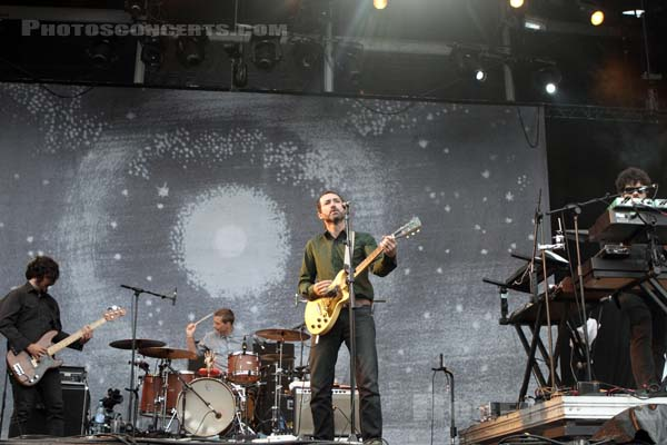 THE SHINS - 2012-08-24 - SAINT CLOUD - Domaine National - Scene de la Cascade