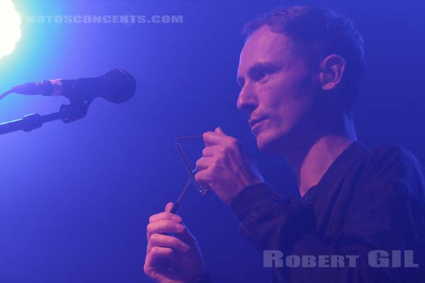 THE VAN JETS - 2015-10-26 - PARIS - La Machine (du Moulin Rouge)