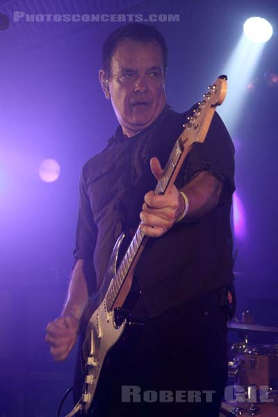 THE WEDDING PRESENT - 2016-11-05 - PARIS - Batofar