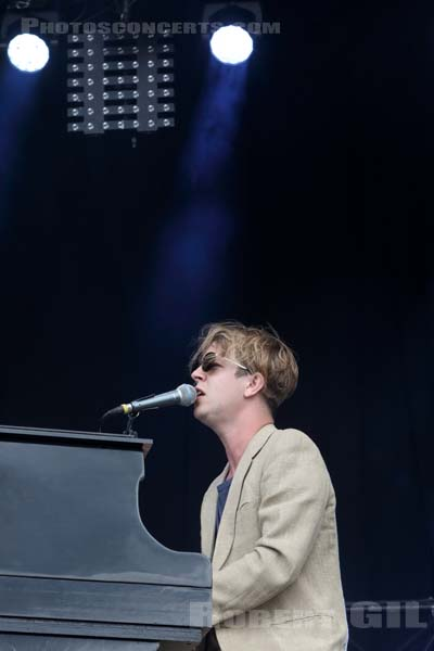 TOM ODELL - 2017-07-23 - PARIS - Hippodrome de Longchamp - Alternative Stage