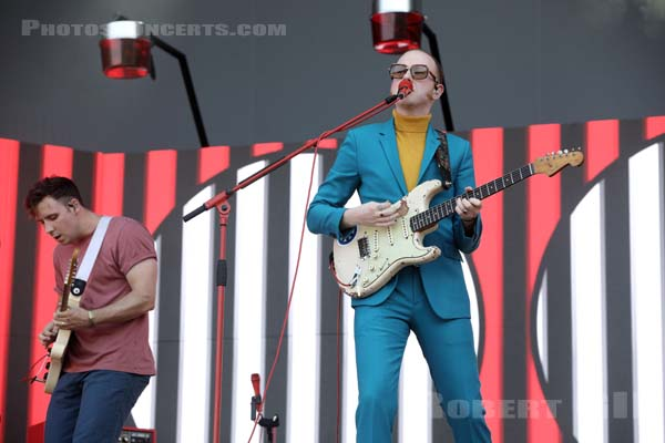 TWO DOOR CINEMA CLUB - 2019-08-25 - SAINT CLOUD - Domaine National - Grande Scene