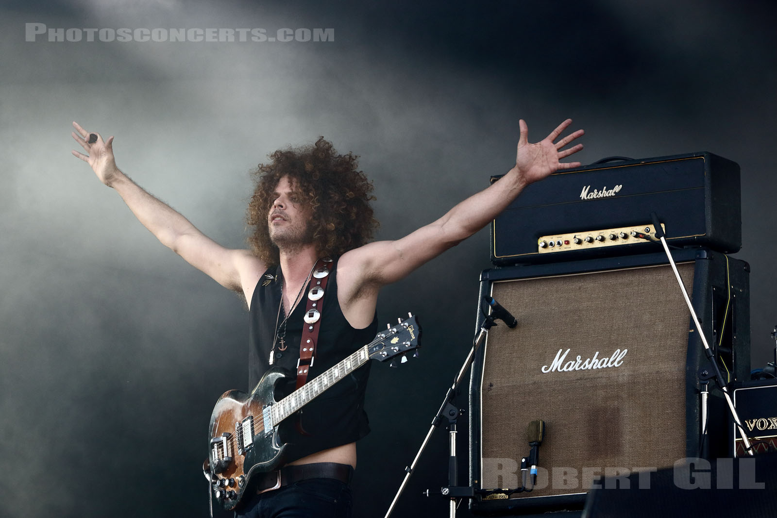 WOLFMOTHER - 2016-08-27 - SAINT CLOUD - Domaine National - Grande Scene
