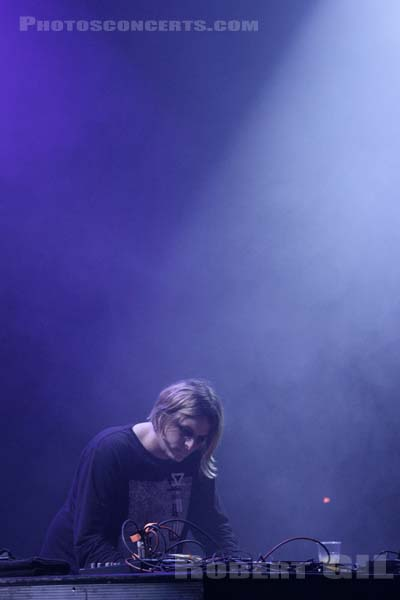 ZIUR - 2015-12-17 - PARIS - La Cigale